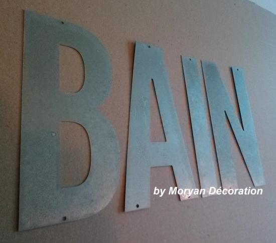 Lettre décorative en métal zinc BAR  3