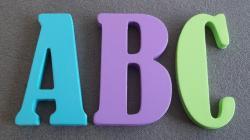 Lettre à décorer couleur BERNARD CONDENSED