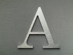 Découpe de lettre enseigne en alu brossé DIBOND CENTURY