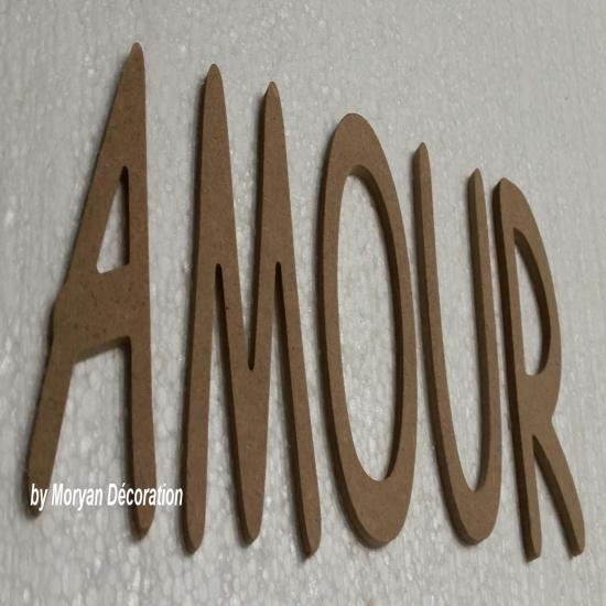 Lettre decorative AMOUR 50 cm