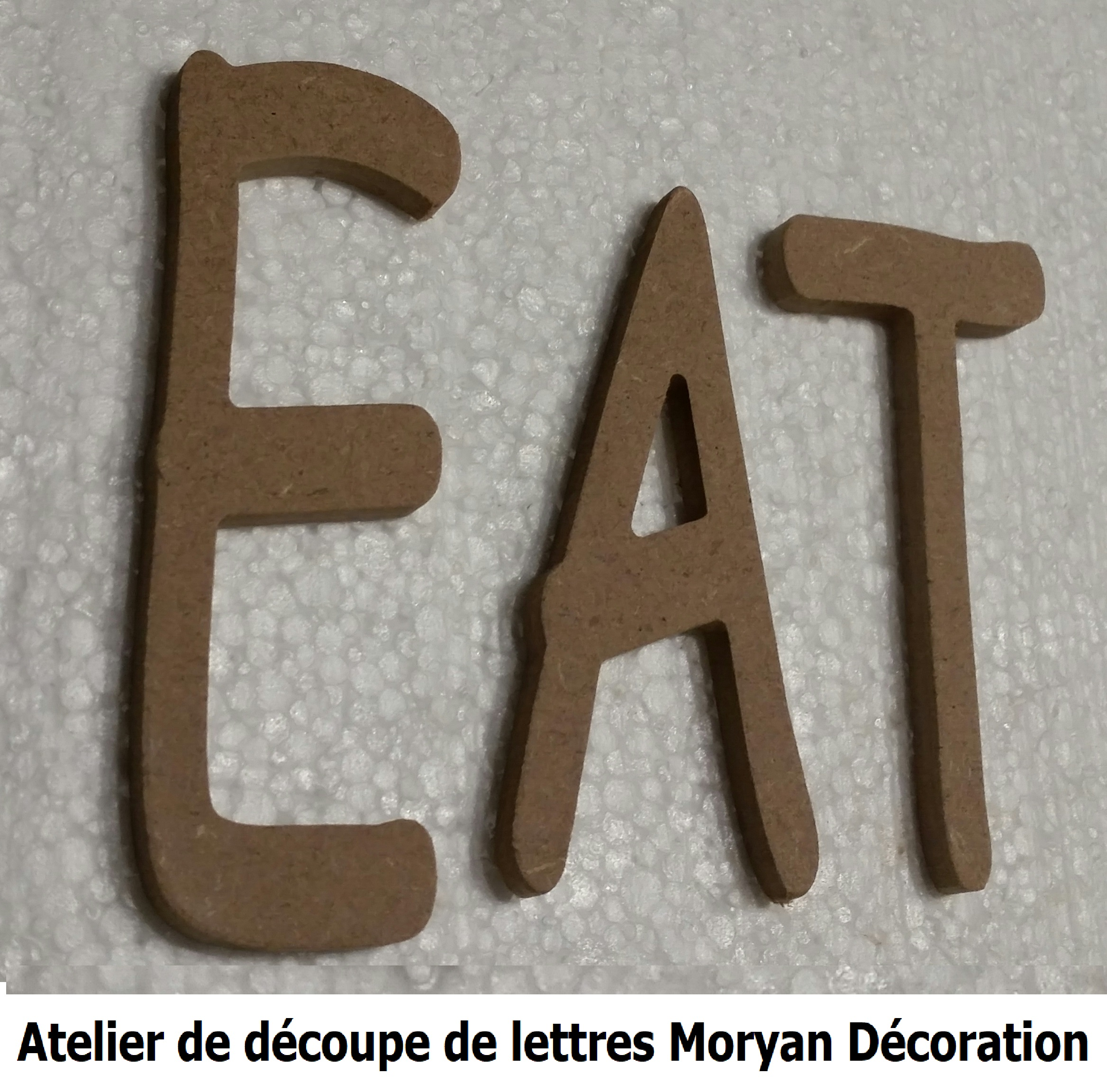 Lettre decorative EAT