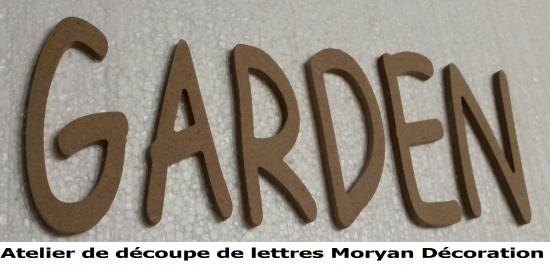 Lettre decorative GARDEN