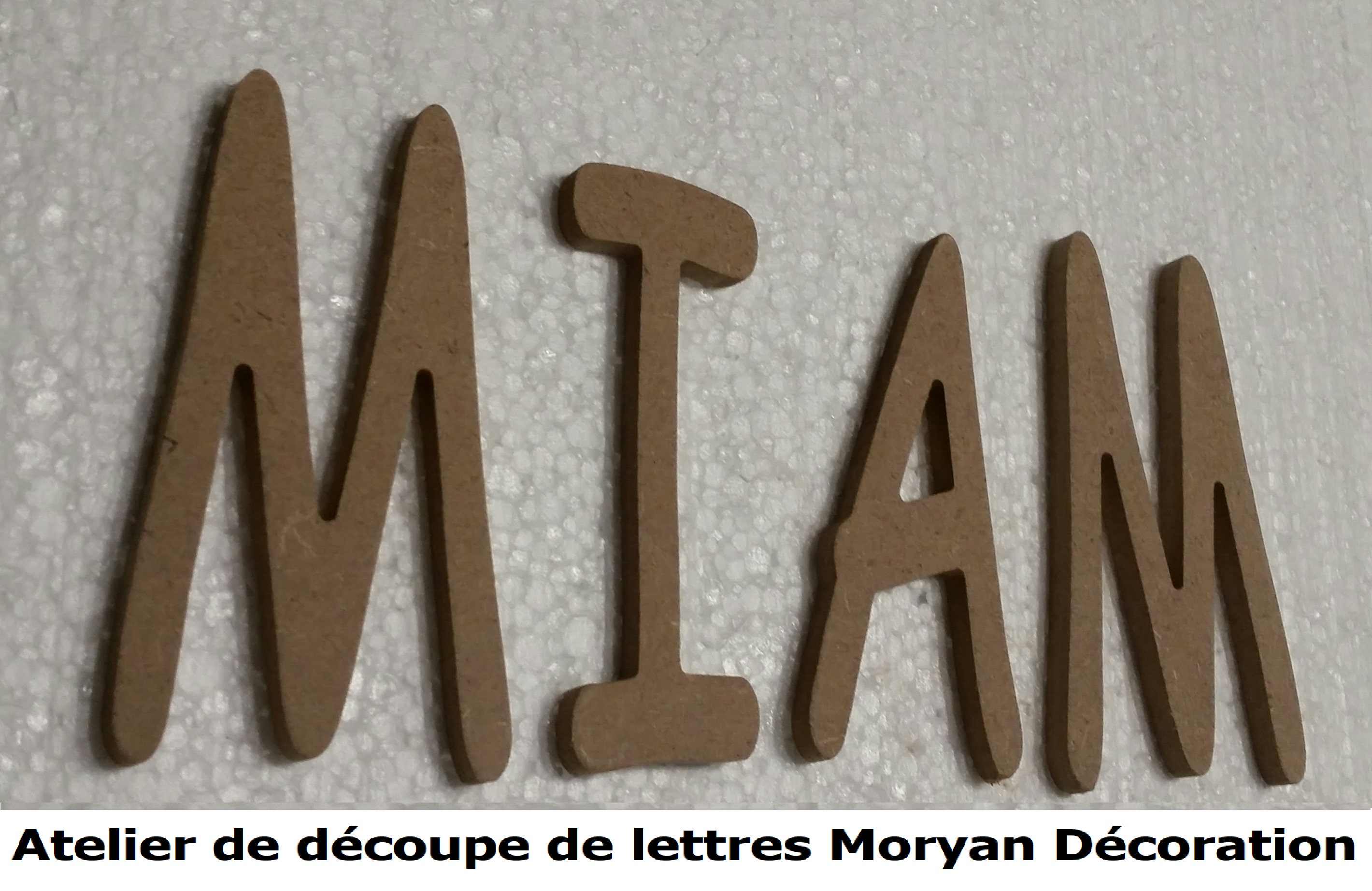 Lettre decorative MIAM