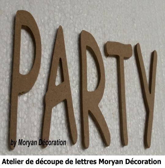 Lettre decorative PARTY