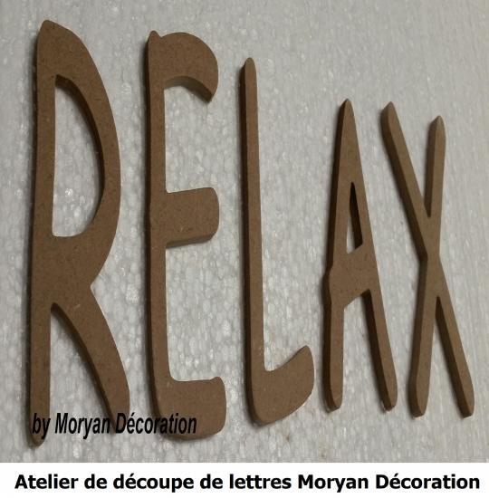 Lettre decorative RELAX