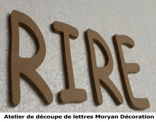 Lettre decorative RIRE