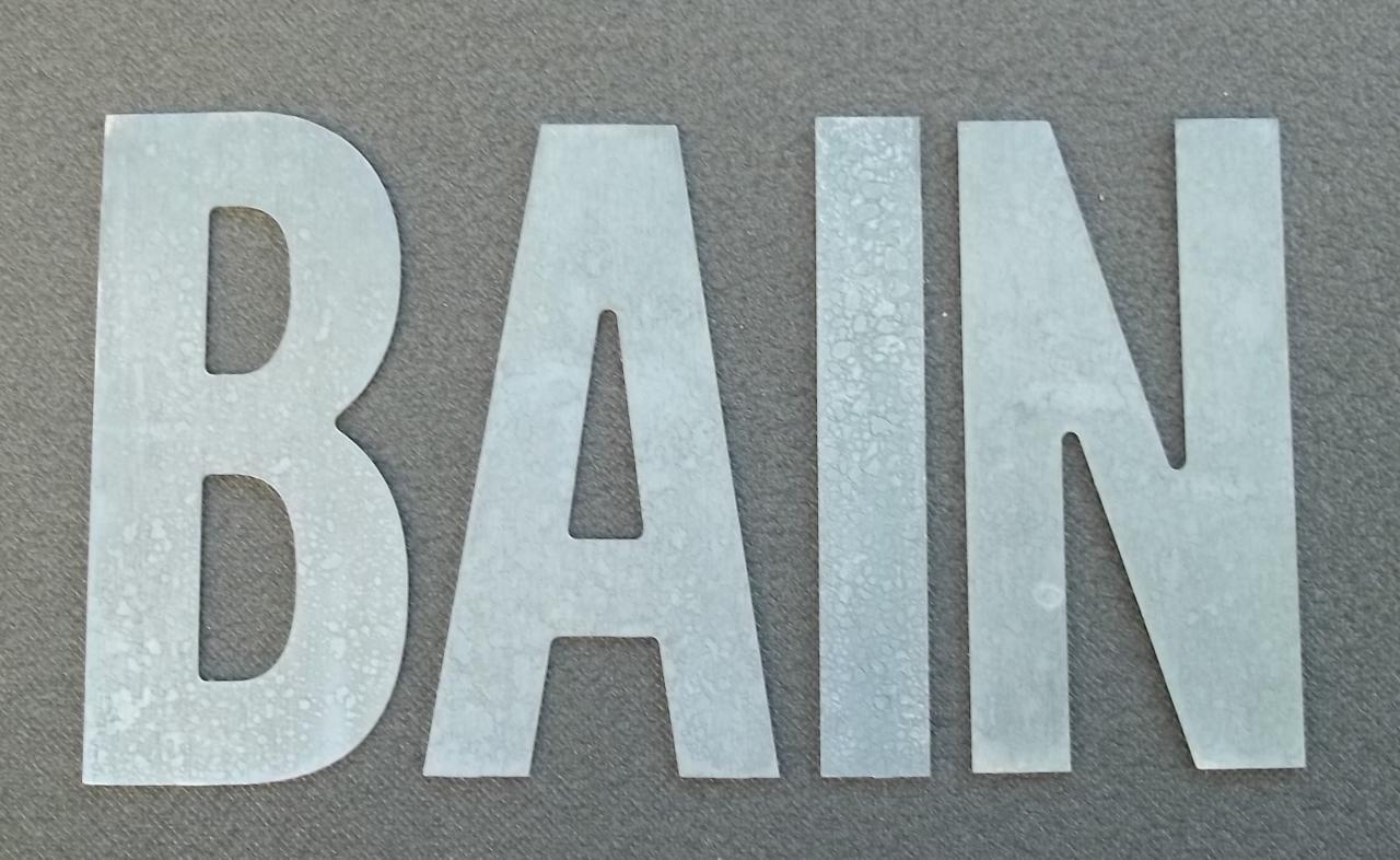 Lettre en zinc BAIN 2