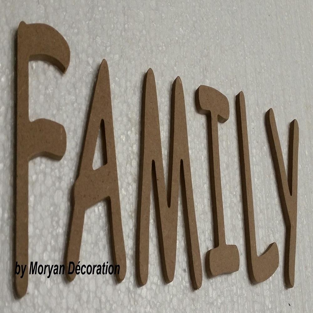Lettre bois family 60 cm