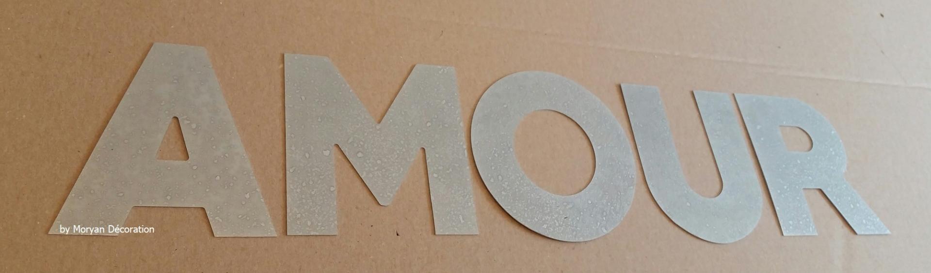 Lettre decorative zinc amour