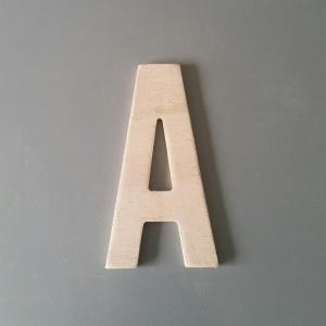 Lettre en bois alternate gothic 17