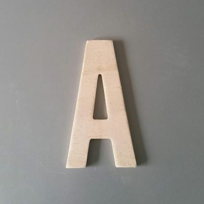 Lettre en bois ALTERNATE