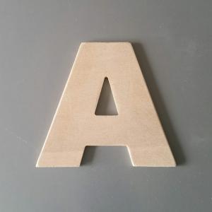 Lettre en bois arial black 2