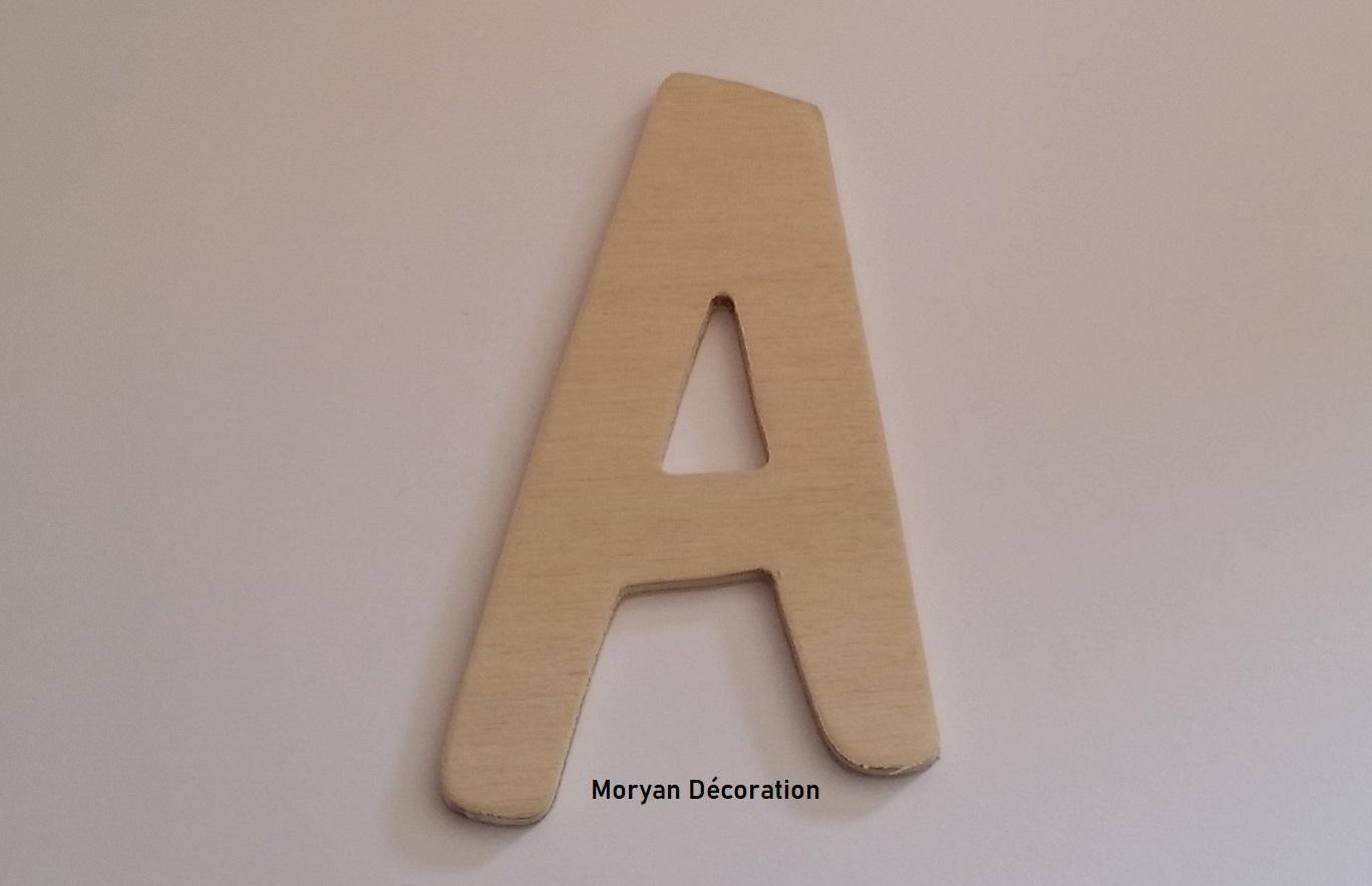 Lettre en bois decorative a peindre dom casual