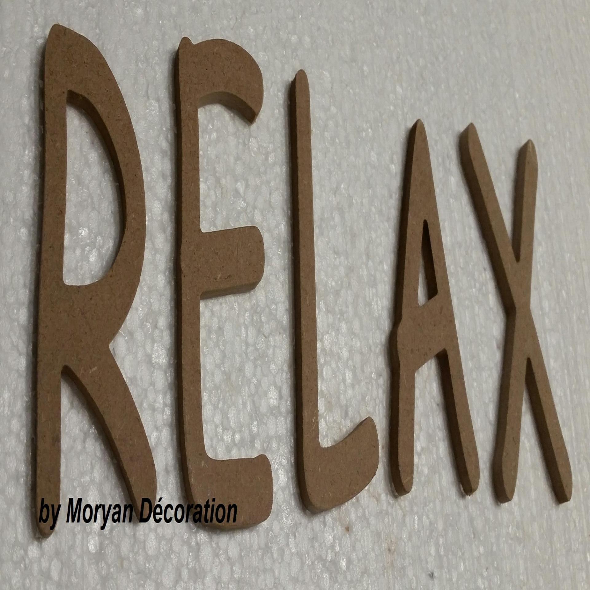 Lettre en bois decorative relax 60 cm
