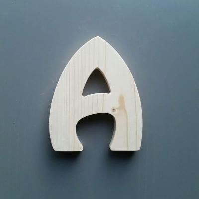 Lettre en bois HARLEQUIN