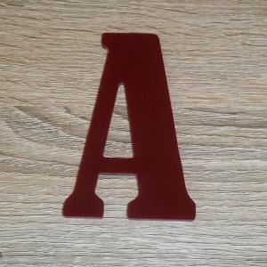 Lettre en plexiglas rouge bernard condensed 2