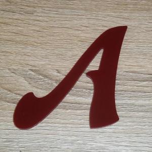 Lettre en plexiglas rouge felipe 2