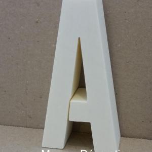 Lettre en polystyrene alternate 1