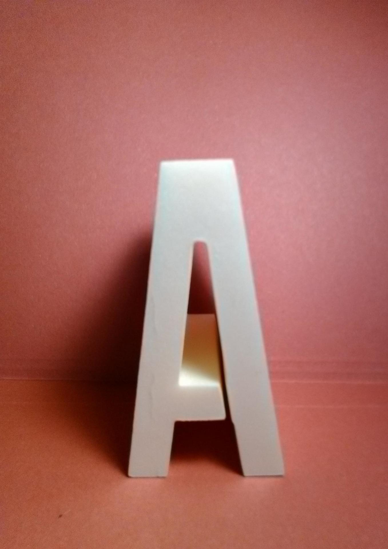 Lettre en polystyrene alternate gothic