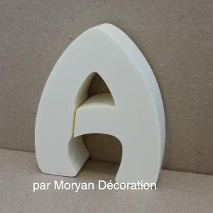 Lettre en polystyrene harlequin 1