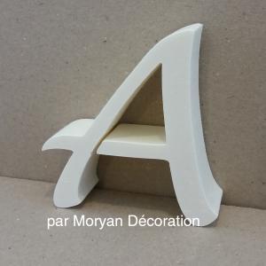 Lettre en polystyrene lucida handwriting 1