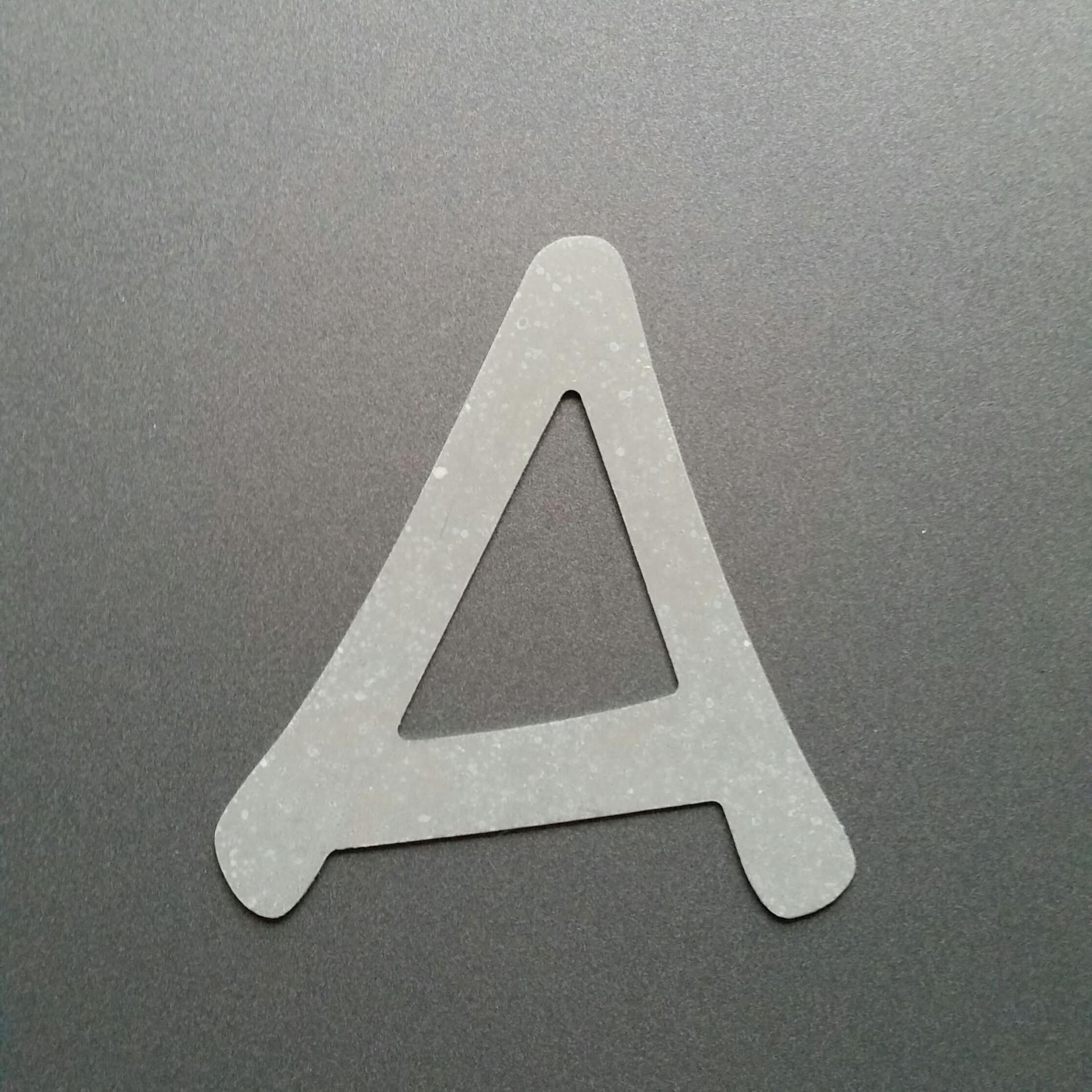 Lettre en zinc anime ace