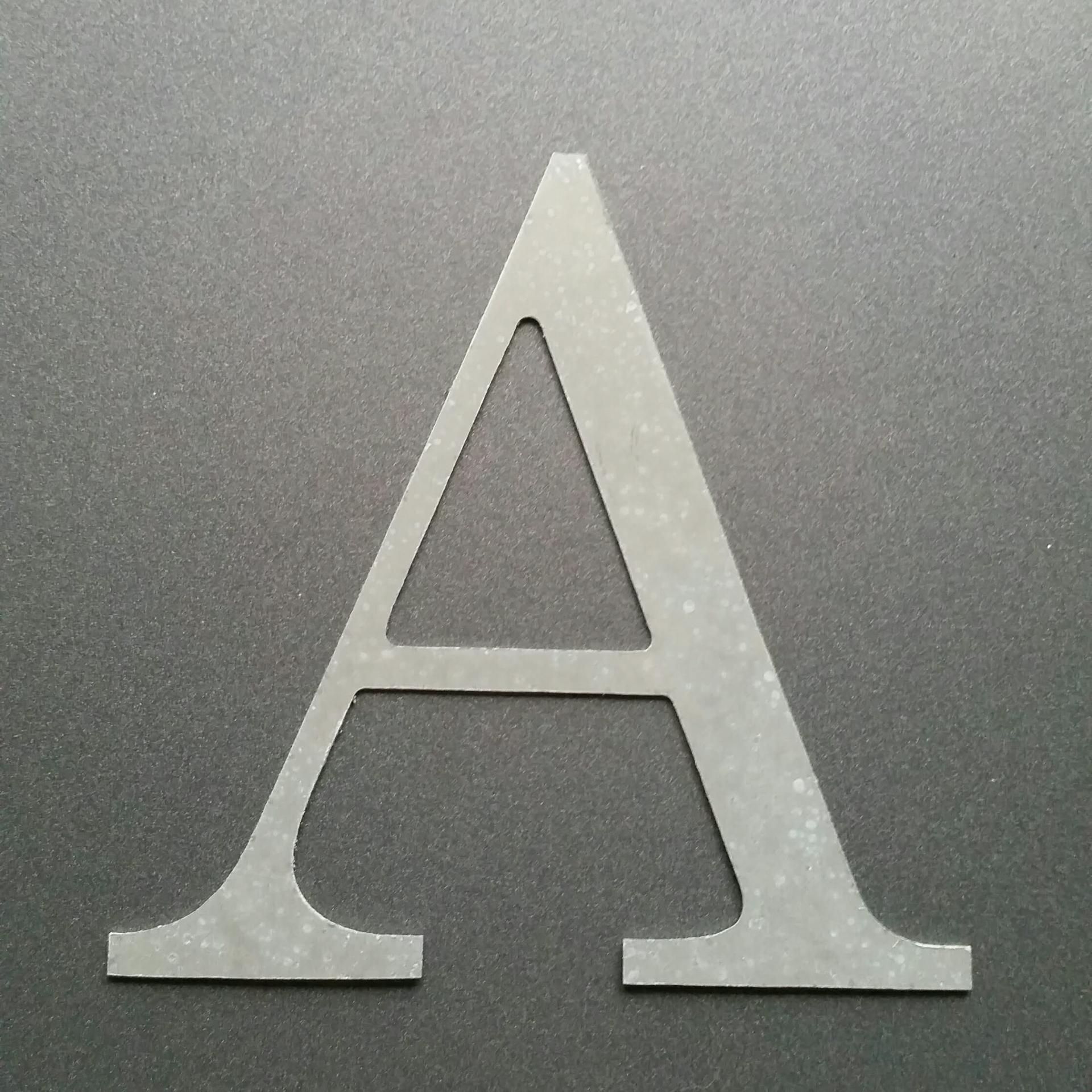 Lettre en zinc century