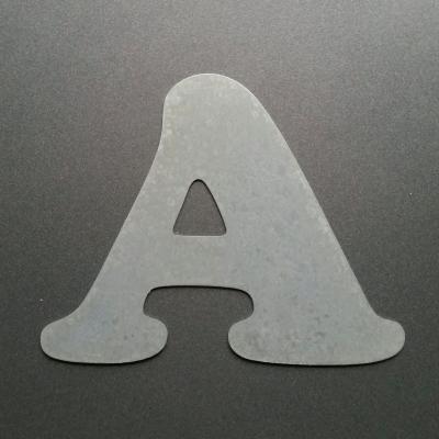 Lettre en zinc COOPER BLACK