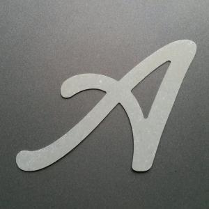 Lettre en zinc lombriz