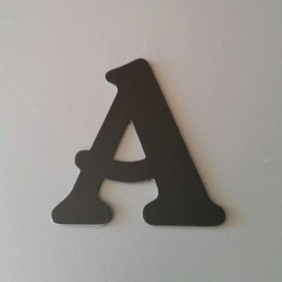 Lettre en alu DIBOND couleur & métal BELSHAW