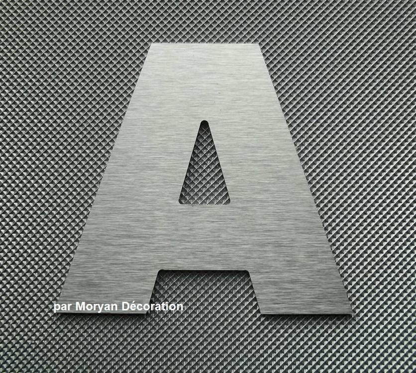 Lettre metal deco alu brosse arial black