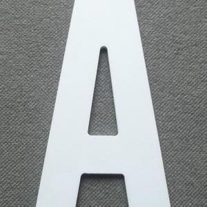 Découpe lettre enseigne plastique PVC ALTERNATE