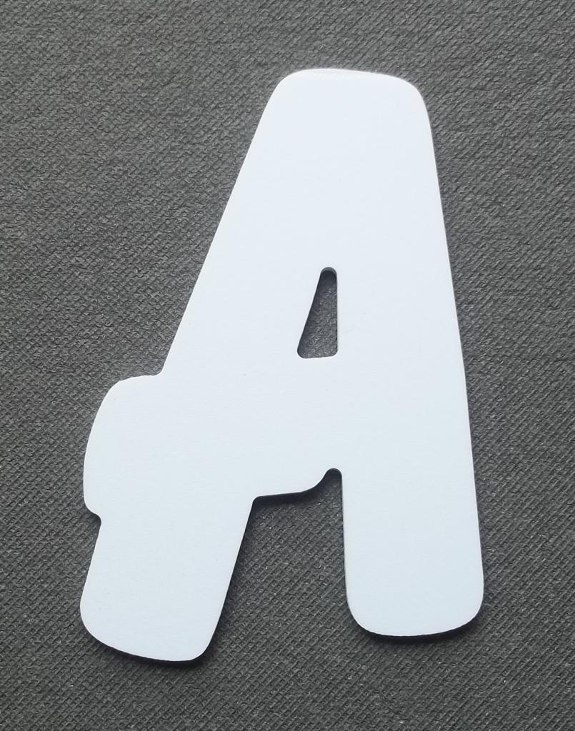 Découpe lettre enseigne plastique PVC BALLOON