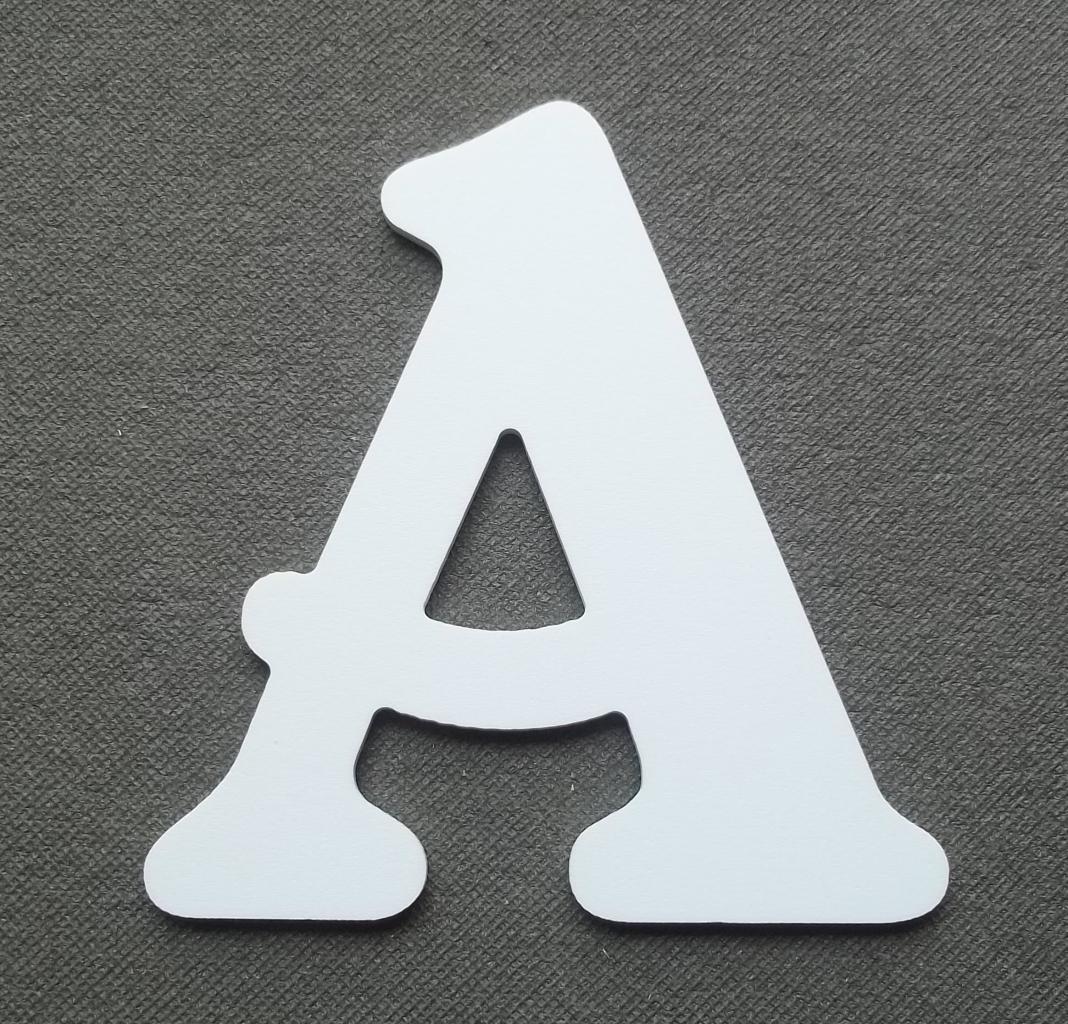Découpe lettre enseigne plastique PVC BELSHAW