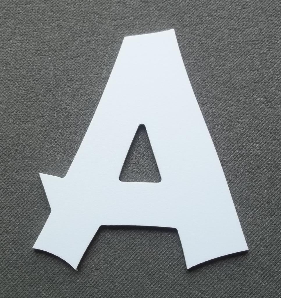 Découpe lettre enseigne plastique PVC CANCUN