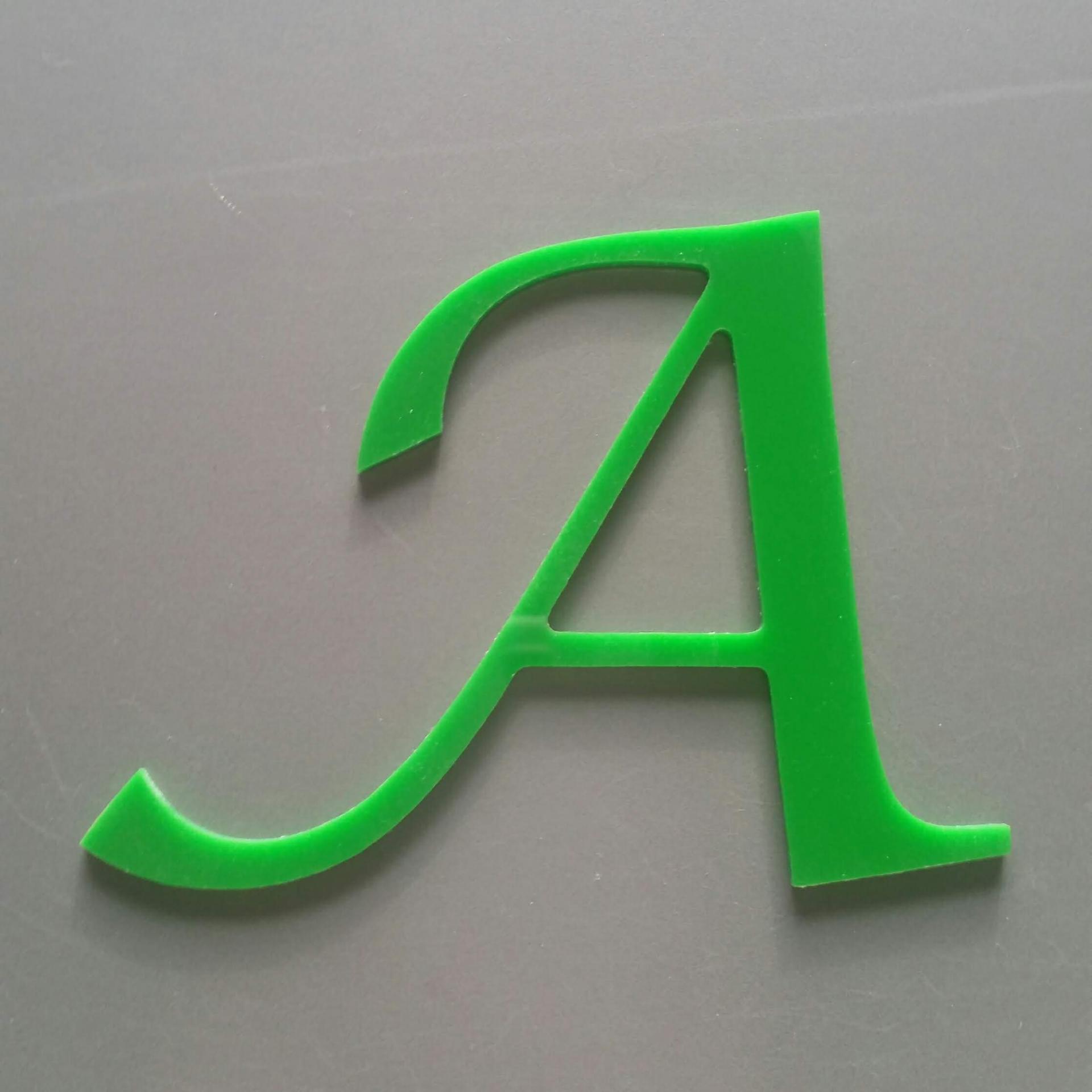 Lettre plexi lucida calligraphy
