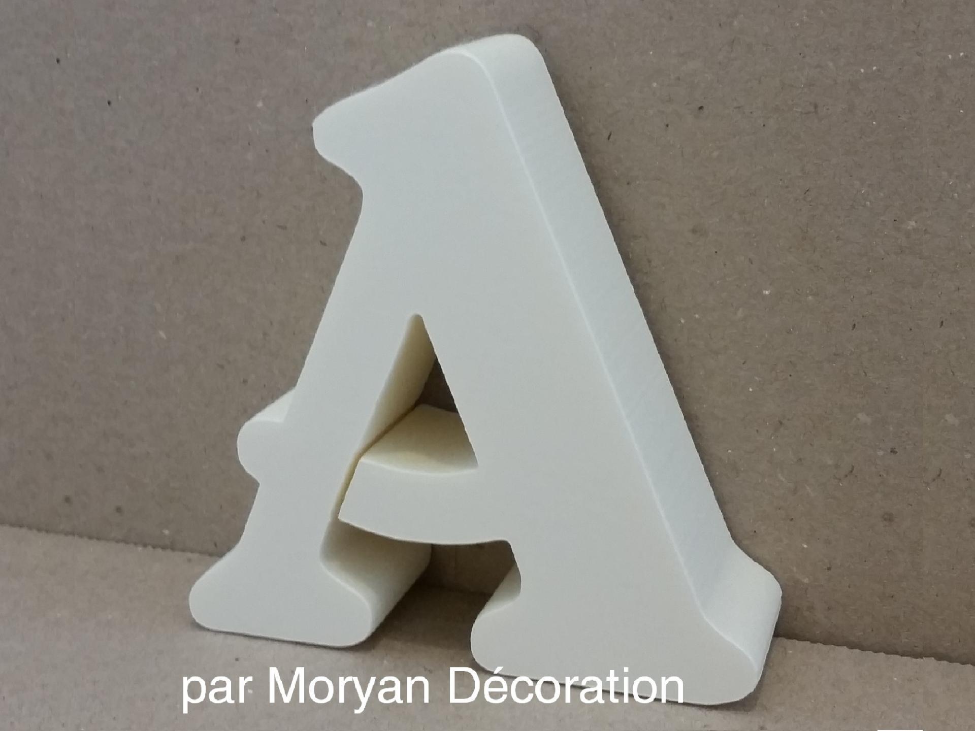 Lettre polystyrene decorative murale belshaw