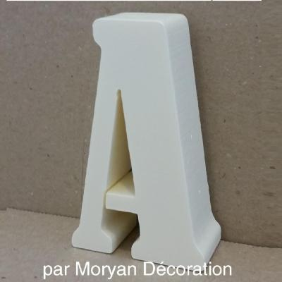 Lettre en polystyrène BERNARD