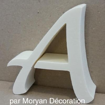 Lettre en polystyrène modèle LUCIDA HAND