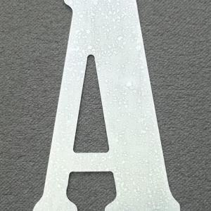 lettre-zinc-bernard-condensed.jpg