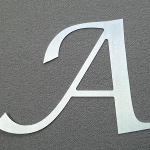 lettre-zinc-lucida-calligraphy.jpg