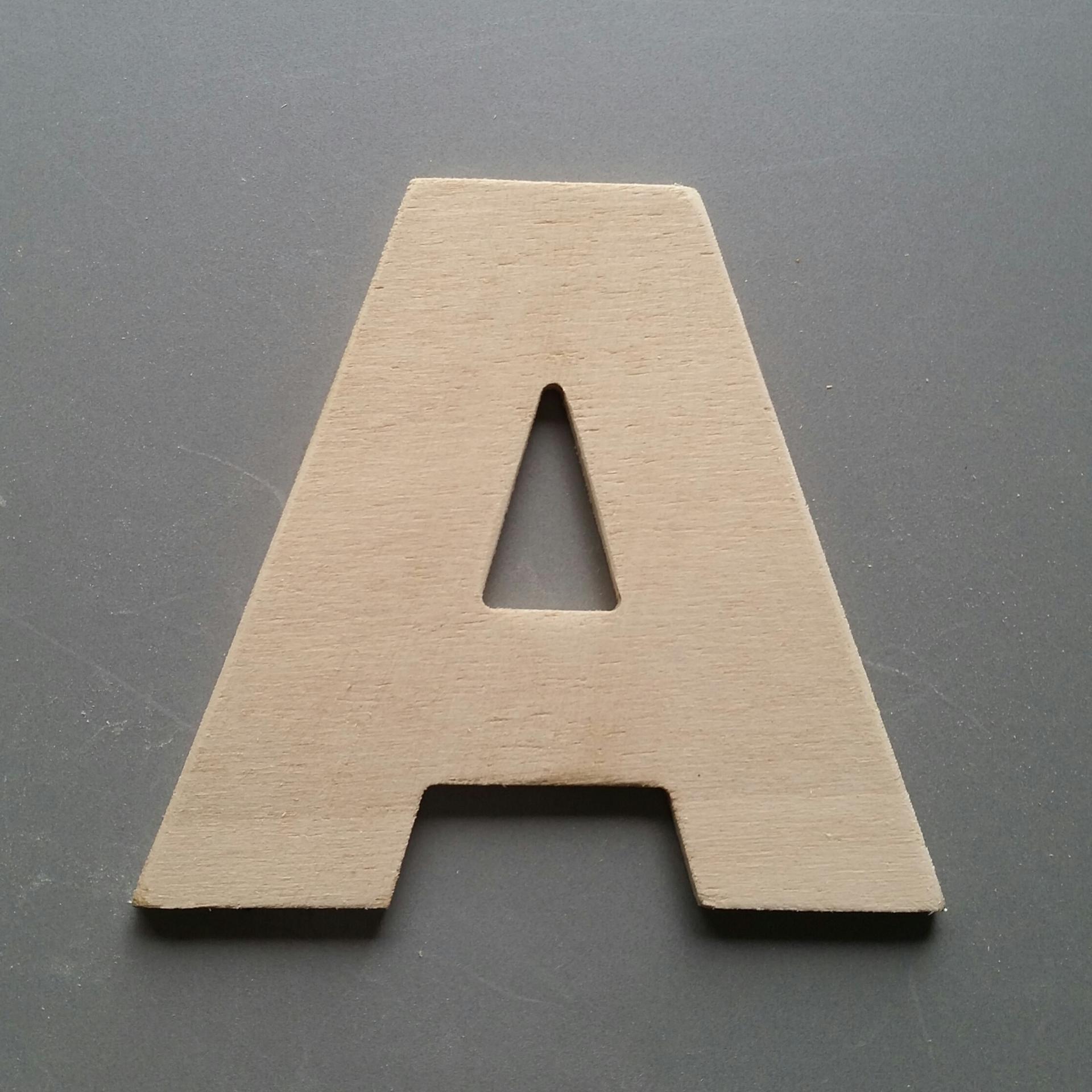 Lettres bois arial black 1