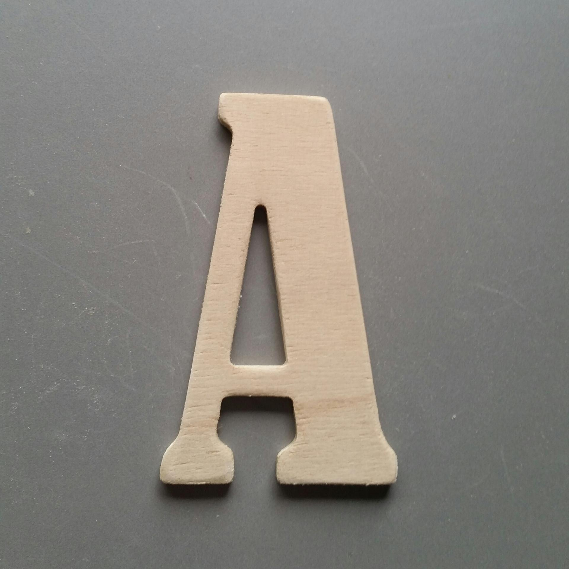 Lettres bois bernard condensed 1