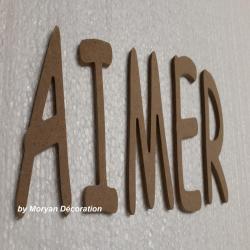 Lettres décoratives en bois à peindre ou à décorer AIMER , hauteur 20 cm