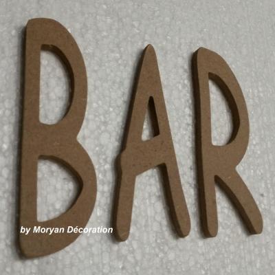 Lettres décoratives en bois à peindre ou à décorer BAR , hauteur 20 cm
