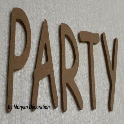 Lettres décoratives en bois à peindre ou à décorer PARTY