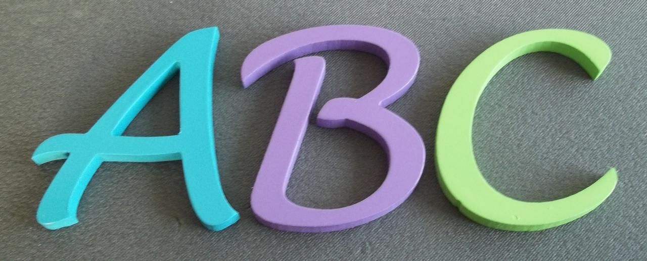 lettres-en-bois-couleur-lucida-handwriting.jpg
