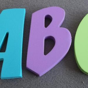 lettres-en-bois-deco-couleur-zoinks.jpg