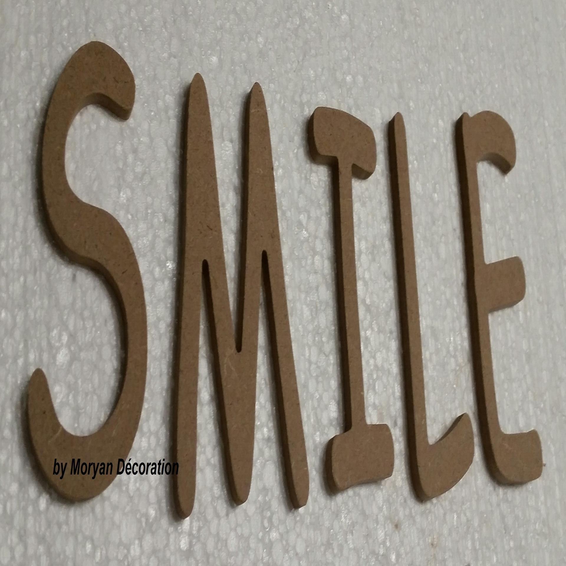 Lettres en bois smile 40 cm