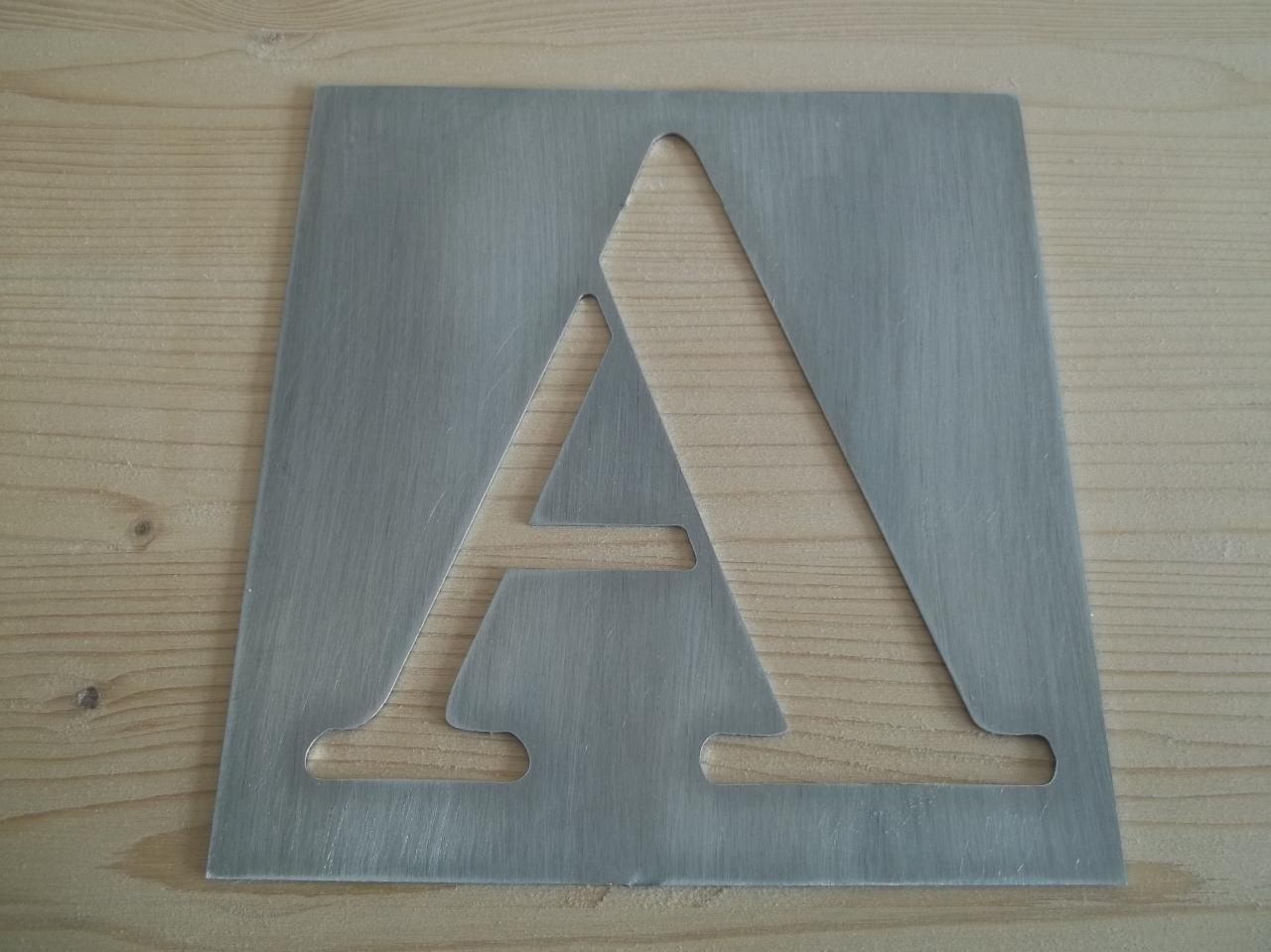 pochoir lettre en metal alphabet et chiffres BODONI CLASSIC